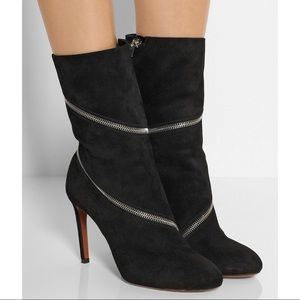 Alaia Zipped Suede Ankle Boots Black
